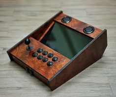 Wood Arcade Box with integrated monitor. Pi Arcade, Arcade Bartop, Arcade Stick, Retro Arcade, Arcade Games, Retro Pi, Mame Cabinet, Arcade Game Console, Raspberry Pi Projects