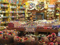 Best places to shop in Playa del Carmen? We've got 'em. What's your favorite souvenir? We love the Xmas tree ornaments.