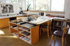 Design Studio Office, Interior Architecture, Interior Design, Space Furniture, Cool Rooms, Apartment Design, Office Interiors, House Design, Desk