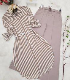#Maira Beautiful Dress Designs, Stylish Dress Designs, Muslim Fashion, Hijab Fashion, Skirt Fashion, Fashion Dresses, Mode Abaya, Sleeves Designs For Dresses, Mode Jeans