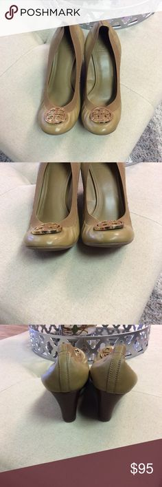 Tory Burch wedge Chelsea shoes In perfect condition! 3 inch wedge. Great for the office! Tory Burch Shoes Wedges