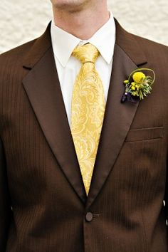 Brown suit, yellow tie, yellow billy ball boutonniere www. Maybe orange tie instead? Wedding Ties, Wedding Looks, Wedding Groom, Wedding Attire, Wedding Outfits, Wedding Couples, Wedding Reception, Brown Tux, Brown Suits
