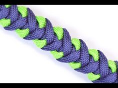 How to make a Survival Paracord Bracelet - Crooked Half Hitch - BoredParacord - YouTube