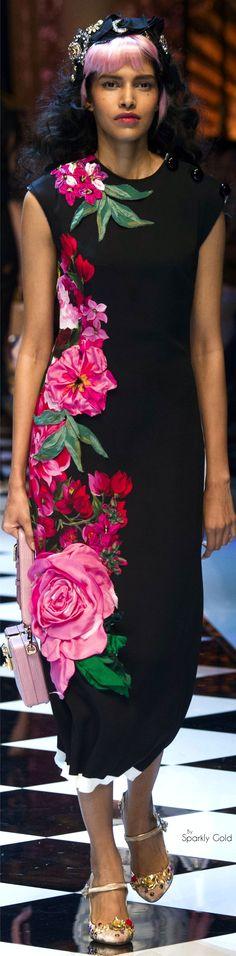 Dolce & Gabbana Fall 2016 RTW Платье с объемными рисунками 3d