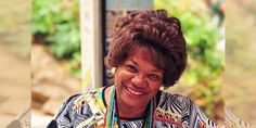 Sem trabalho, Neuza Borges sobrevive com ajuda de Bruna Marquezine - http://projac.com.br/curiosidades-televisao-eventos-brasil-mundo-e-variedades/sem-trabalho-neuza-borges-sobrevive-com-ajuda-de-bruna-marquezine.html