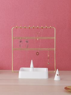 Jewelry rack Boutique Jewelry Display, Jewelry Rack, Jewelry Displays, Jewelry Stand, Wall Lights, Shop, Design, Home Decor, Appliques