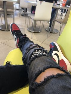 c7e12490a52a  bred  toes  toe  1s  retro  jordan  distorted  jeans  black  checkered   outfit  zara  sneakers  sneakerhead  swoosh