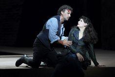 "Jonas Kaufmann (Mario Cavaradossi), Anja Harteros (Floria Tosca) in ""Tosca"", Bayerische Staatsoper Juni 2016 (Foto: © Wilfried Hösl)"