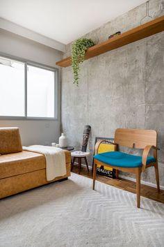 Apartamento Joaquim Antunes: Elegant Apartment with Concrete Wall and Colorful Accent – Futurist Architecture Concrete Bedroom, Concrete Interiors, Apartment Walls, Apartment Ideas, Cement Walls, Fashion Room, Living Room Decor, Living Spaces, Furniture Design