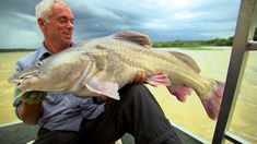 Out on the Nile, Jeremy is looking for a Nile perch but instead encounters a Semutundu Catfish. Jeremy Wade, John Wade, Wading River, River Monsters, Rift Valley, Big Fish, Catfish, The Man, Uganda