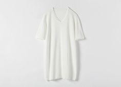 縫い目のない立体編み 薄手半袖Vネックシャツ