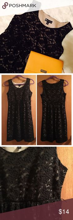Valerie Bertinelli Black Empire Waist Lace Dress Nice and simple lace dress with an empire waist. Measures 14 inches across at the waist. Side inseam is about 20 inches. Great condition! Let me know if you have questions. Offers welcome and bundles encouraged! Valerie Bertinelli Dresses Midi