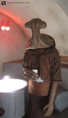 Star-Wars-Cantina-Bar-Mask-Hammerhead-Momaw-Nadon_1.JPG (455×792)