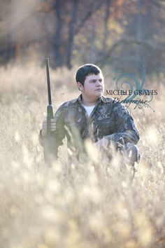 guy pose     One of my favorites!!!! @Dana Britt Tyler needs to do this for his senior pictures!