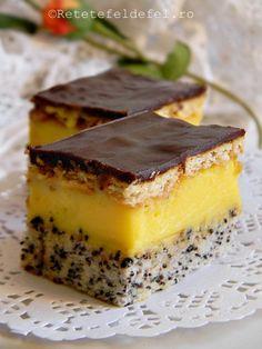 Prajitura Tosca este una dintre cele pe care eu le ador pentru ca are tot … Romanian Desserts, Romanian Food, Sweets Recipes, Baking Recipes, Cake Recipes, Good Food, Yummy Food, Cake Bars, Weird Food