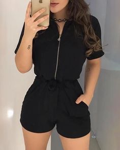 Trend Fashion, Teen Fashion Outfits, Mode Outfits, Fashion Models, Fashion Looks, Style Fashion, Fashion Skirts, Fashion Black, 80s Fashion