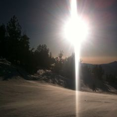 learned how to Ski, wearing jeans and a tee shirt! Very cool~* I hate cold weather so this was great for me. Lake Tahoe Map, Lake Tahoe Houses, South Lake Tahoe, Real Estate Pictures, Time Running Out, Lake Photos, The Great Escape, A Whole New World, South America Travel