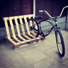 Fully collapsible bicycle rack.