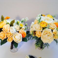 Susannah bridal bouquet package.  This package includes a beautiful bridal bouquet, bridesmaids posy and grooms buttonhole. This set has been lovingly created by myself, a professional florist.  The flowers include, vanilla peonies, peach and vanilla roses and rose buds, orange and yellow ranunculus, narcissi, filler flowers, ferns and mixed foliage. All are super quality and just lovely.  Measurements, Bridal bouquet approx 10inches across Approx 11 inches tall including handle  Bridesmaid… Ranunculus, Peonies, Orange, Yellow, Rose Buds, Grooms, Ferns, Bridesmaids, Vanilla