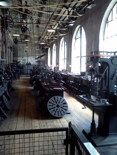 Another cool photo of the heavy machine shop----now quiet, with the aroma of machines and oils still lingering. Alva Edison, Machine Tools, Vintage Industrial, Belts, Cool Photos, Engineering, Workshop, Shops, Inspirational