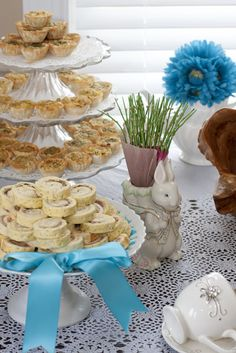 Party Food at an Alice in Wonderland Baby Shower #aliceinwonderland #partyfood
