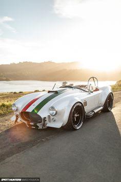 The Italian Job: The World's Fastest 427 Cobra - Speedhunters Modern Muscle Cars, Custom Muscle Cars, Lifted Ford Trucks, Pickup Trucks, The Italian Job, 427 Cobra, Mustang Gt500, My Dream Car, Dream Cars