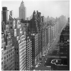 Photographers Gallery - Park Avenue 1953 by Slim Aarons (©... (20.725 RUB) ❤ liked on Polyvore featuring backgrounds, photos, city, pictures and new york