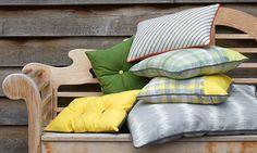 Egal ob Kissen, Möbelbezug oder Sonnensegel. SUNBRELLA ist ein Alleskönner.  #balkonien #terrassien #outdoorstoff #sunbrella #SONNHAUS Outdoor, Throw Pillows, Home, Indoor, Don't Care, Shade Sails, Fabrics, Cushion, Table