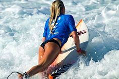 Los Cabos is the host of the Los Cabos Open of Surf, an ASP 6 star Men's & Women's Event. More info click on the photo. On the photo: Anastasia Ashley. #surf #cabo #surfing #ASP #mexico