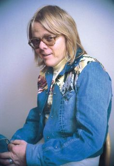 Paul Williams (songwriter) Paul Williams This guy was