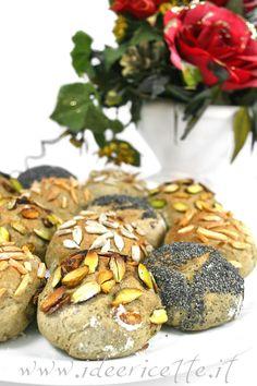 Particolare ruota di panini con grano saraceno