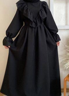 Unique Dresses, Simple Dresses, Elegant Dresses, Modesty Fashion, Muslim Fashion, Fashion Drawing Dresses, Fashion Dresses, Hijab Fashion Summer, Modest Maxi Dress