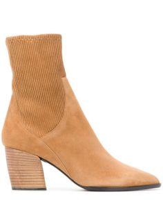 PIERRE HARDY ANKLE SOCK BOOTS. #pierrehardy #shoes Fashion Bags, Fashion Models, Pierre Hardy, Ankle Socks, World Of Fashion, Luxury Branding, Style Icons, Block Heels, Women Wear