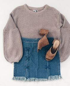 sweater season // early fall style  // denim and sweaters are our fave combo!
