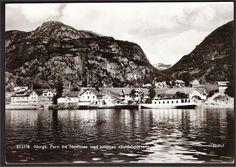 Rogaland fylke Nesflaten i Suldal med B/F Suldalsporten.  utg Mittet 1950-tall