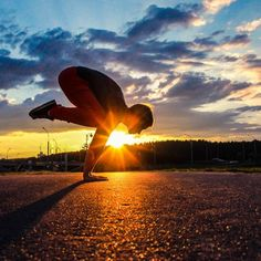 Sunset bakasana! » Yoga Pose Weekly