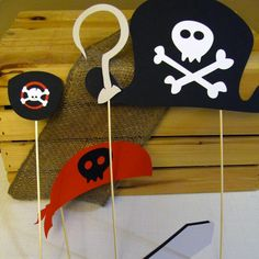 Also idea for Walker --- Pirate Photo Booth Props