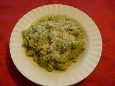Fusilli in a cream of pesto sauce