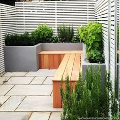 Small back garden design : Modern garden by Garden Club London Find the best garden designs & landscape ideas to match your style. Browse through colourful images of gardens for inspiration to create your perfect home. Small Back Gardens, Small Courtyard Gardens, Small Backyard Gardens, Small Backyard Landscaping, Backyard Fences, Small Patio, Garden Fences, Backyard Ideas, Small Back Garden Ideas