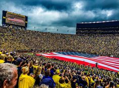 15 Photos of the Big House to Kickoff Your Weekend University Of Michigan, Ann Arbor, Big Houses, Game, American, Photos, Large Homes, Pictures, Gaming