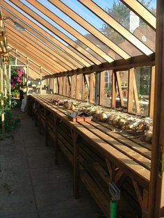 Greenhouse staging made out of pallets. | greenhouse stuff | Pinterest | Staging, Greenhouse ...
