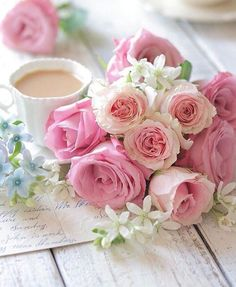 Pink roses and tea Love Rose, Pretty Flowers, Pink Flowers, Deco Floral, Rose Cottage, Jolie Photo, Color Rosa, Flower Wallpaper, Beautiful Roses