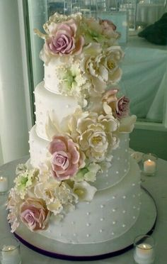 Dotted Swiss and Wild Sugar Roses wedding cake - entirely edible