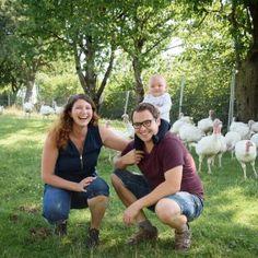Biohof Krautgartner: Bio Putenfleisch (Truthahn) Ab Hof vom Bauern Couple Photos, Couples, Farmers, Meat, Couple Shots, Couple Pics, Couple Photography, Romantic Couples, Couple