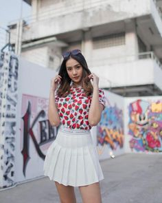 Tampilan Imut Anya Geraldine dengan Rok Mini, Gemes Deh Indonesian Women, Cheer Skirts, Mini Skirts, Bikini, Outfits, Beautiful, Girls, Instagram, Fashion