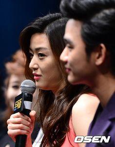 [June 12th 2012] Kim Soo Hyun (김수현) at The Thieves (도둑들) Press Conference #16 #KimSooHyun #SooHyun #JunJiHyun #TheThieves #Dodookdeul