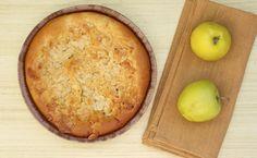 Dieser Apfel-Nusskuchen ist schmeckt süß, saftig und einfach sensationell lecker. Da merkt man gar nicht, dass das Mehl fehlt!