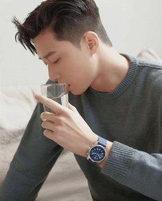 Korean Celebrities, Korean Actors, Celebs, Park Hyung Shik, Asian Men Hairstyle, Asian Haircut, Park Seo Joon, Park Min Young, Lee Jong Suk