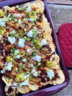 🎉#Ad Head Over To The Blog To Check Out My Recipe For Barbecue Pulled Pork Sheet Pan Nachos PLUS Enter A Giveaway! 1 Winner Wins 2 Trays Of @smokehousemeats PLUS a $50 Amazon Gift Card! #BurgersSmokehouseHPP Enter Today @DeliciouslySavv