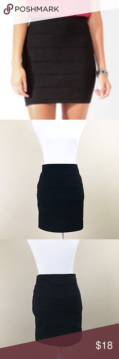 "🌟Forever 21 black mini bandage skirt size Large Forever 21 black stretchy mini bandage skirt size large. Great condition!  Made of 71% polyester, 24% rayon, 5% elastane. Measures 30"" waist, 17"" length. Soft and stretchy. Would look great in the office or in the club🌟 Forever 21 Skirts Mini"